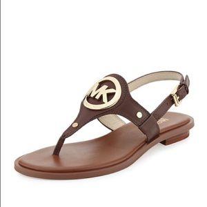Michael Kors Audrey Logo Charm Sandal Sz 7